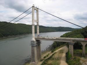 Ancien pont en déconstruction